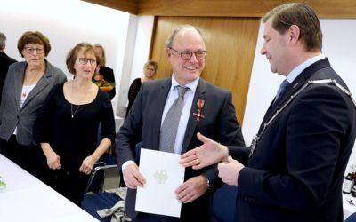 Bundesverdienstkreuz für Dr. Christoph Zenses